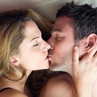 Vì sao chồng chán chuyện chăn gối?