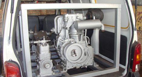 Nhà sáng chế muốn chuyển giao tất cả máy móc - 2