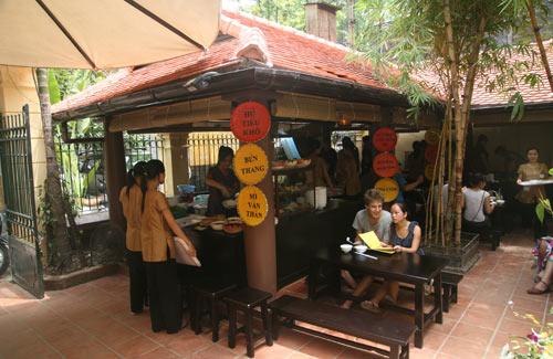 Quán ăn ngon 18 Phan Bội Châu - lạ mà quen - 1