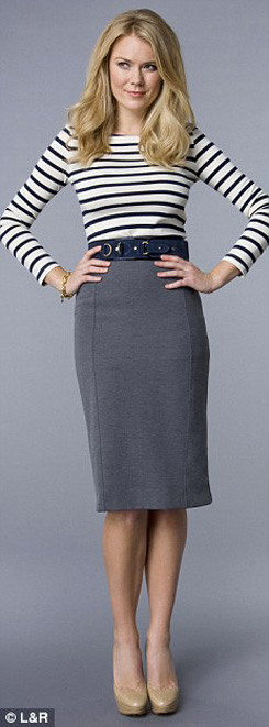 8 kết hợp chân váy và áo cho phụ nữ tuổi băm - 6