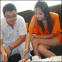 Tin nóng: Hé lộ chân dung chồng Hương Giang?