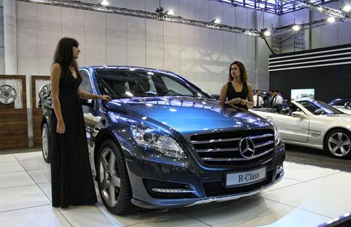 Bộ sưu tập xe sang tại Sharjah Motor Show - 11