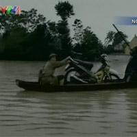 Video: Miền Trung lao đao vì bão lụt