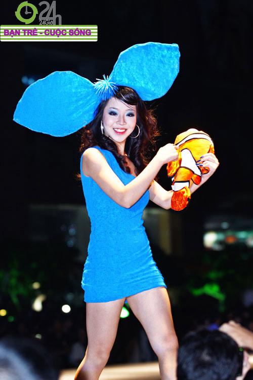 Miss Teen 2010 rạng rỡ trong đêm Cuxi night - 6