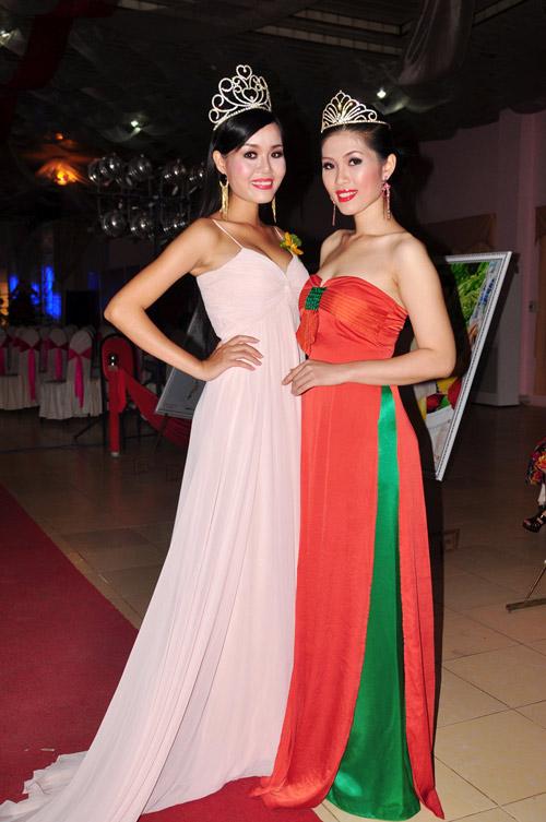 Mỹ nhân Việt sexy với màu Nude - 17