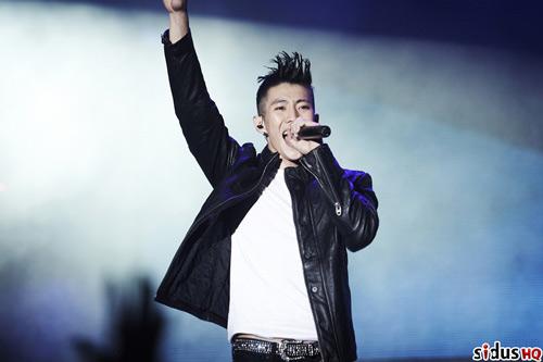 Jay Park khoe hình xăm – SNSD tạo lịch sử - 2