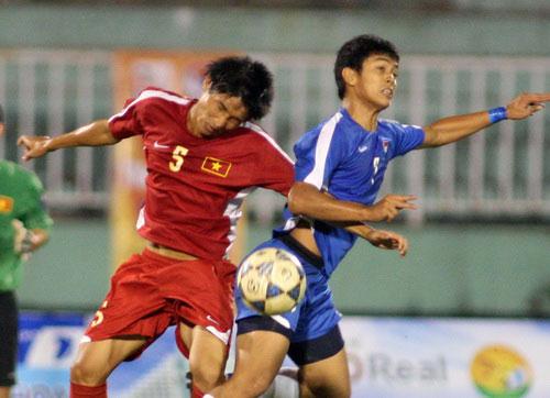 U19 Việt Nam chơi thô bạo: Buồn! - 1
