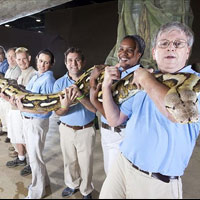 Chú rắn dài nhất thế giới qua đời