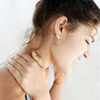 Vì sao vai gáy bị đau?