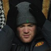 """Sir Alex: Có kẻ """"đi đêm"""" với Rooney"""