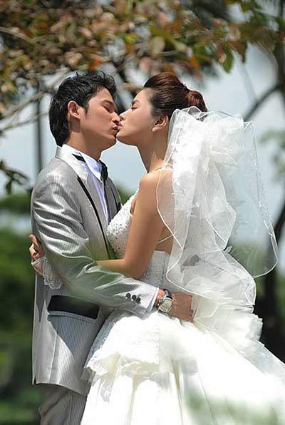 Sao Việt và những nụ hôn nóng bỏng - 9