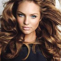 Video làm đẹp: Giữ tóc xoăn bóng đẹp sau khi gội