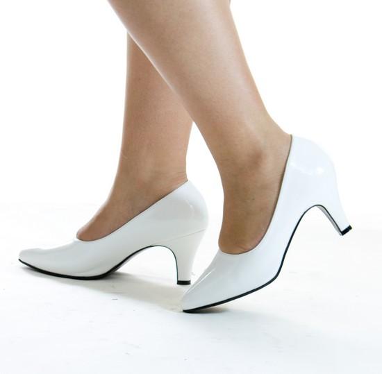 Ngắm giầy đoán tính cách phái đẹp - 7