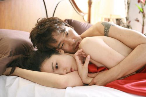 """Phim Hàn """"dội bom"""" bằng cảnh nóng - 4"""