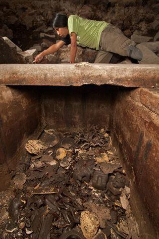 Lật mở bí ẩn hầm mộ người Aztec - 5
