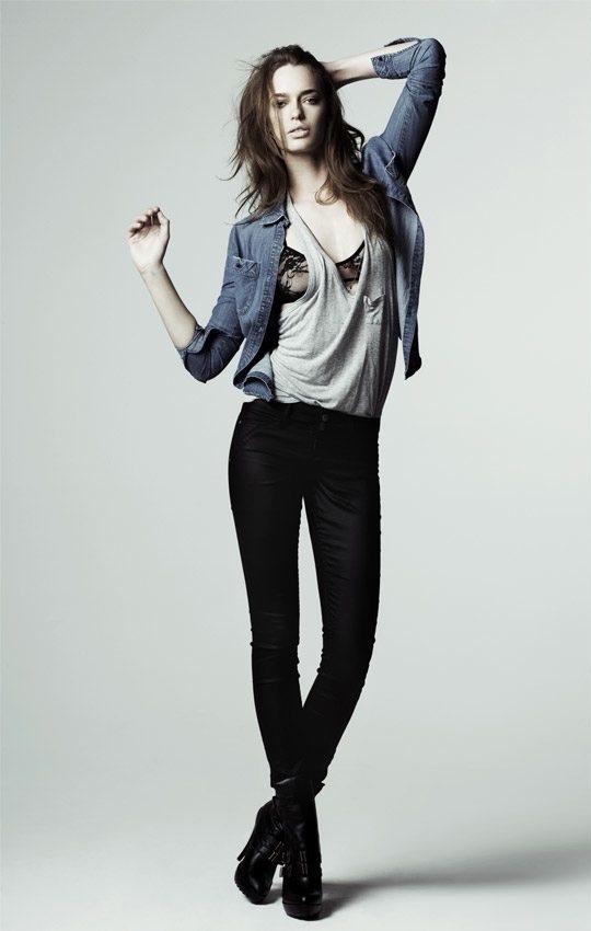 """""""Vũ khí"""" jeans skinny cho đôi chân sexy - 1"""