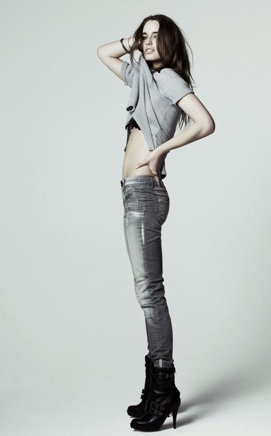 """""""Vũ khí"""" jeans skinny cho đôi chân sexy - 2"""