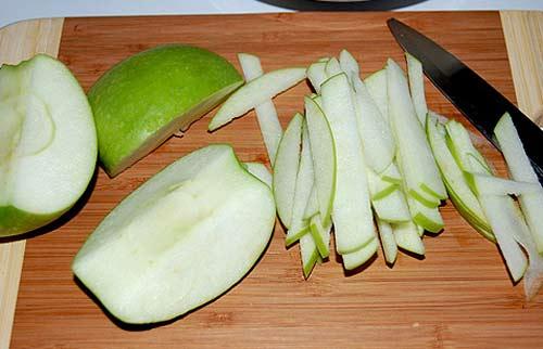 Chua ngọt giòn giòn: Gỏi táo tôm khô - 2