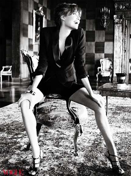Angelina Jolie: Yêu Brad không vì vẻ ngoài - 2