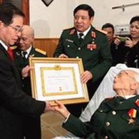 Chuyện khám bệnh cho lãnh đạo cao cấp Việt Nam
