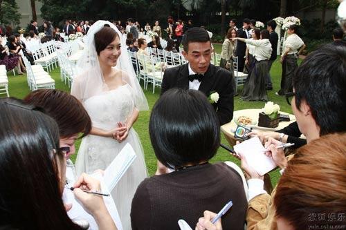 Trần Tiểu Xuân làm đám cưới lần 3 - 3