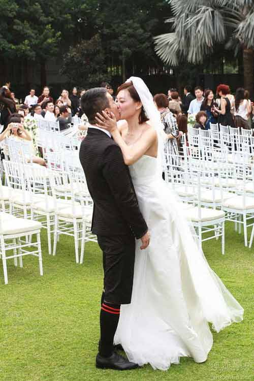 Trần Tiểu Xuân làm đám cưới lần 3 - 8