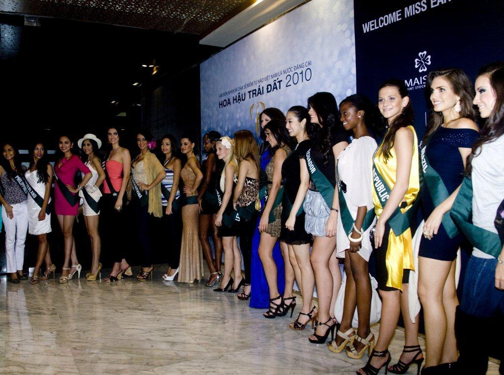 Công ty MaiSon hân hạnh đón chào các Hoa Hậu Trái Đất 2010 - 1
