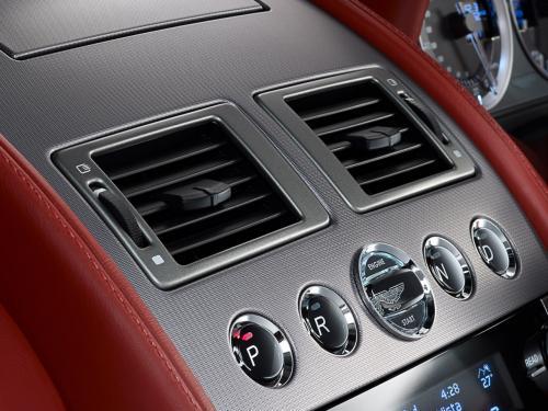 Aston Martin Rapide Luxe chiếc xe đáng để mơ - 5