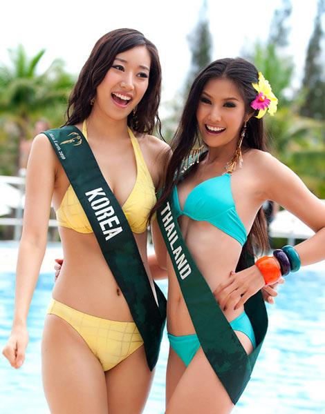 """Diễm Hương """"nghèo"""" bikini? - 10"""