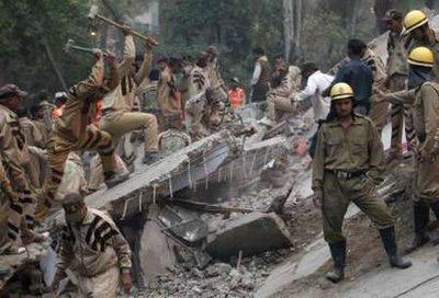 Sập nhà, 65 người tử vong - 4