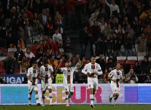 Video Bồ Đào Nha - Tây Ban Nha: Derby không cân sức - 1
