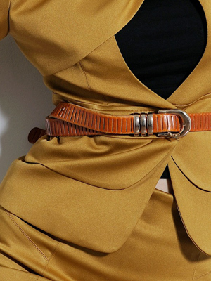 Tươi trẻ với vest điệu cho công sở Việt - 11