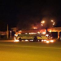 Xe khách 52 chỗ phát hỏa trong đêm