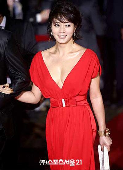 """Những kiều nữ sexy nhất của """"Oscar Hàn Quốc"""" - 15"""