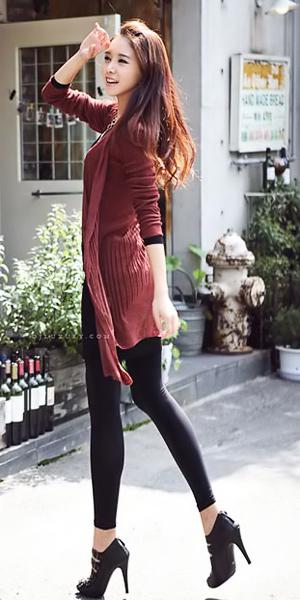 Những mẫu áo len siêu hot mùa đông năm nay - 1