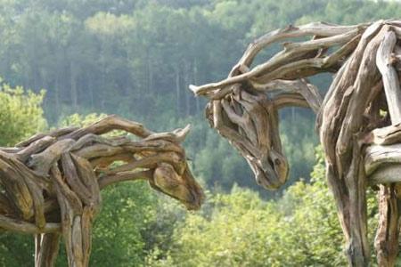 Động vật được điêu khắc bằng... gỗ - 2