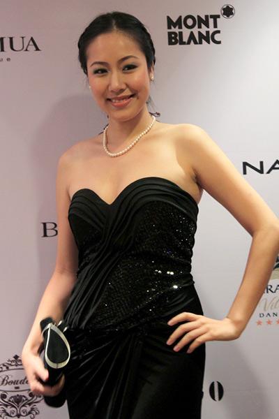 Sao Việt đẹp và chưa đẹp với váy quây ngực? - 1