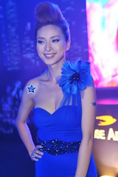 Sao Việt đẹp và chưa đẹp với váy quây ngực? - 10