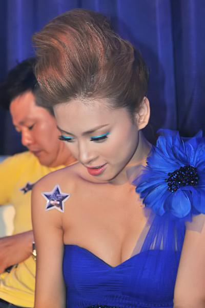 Sao Việt đẹp và chưa đẹp với váy quây ngực? - 9