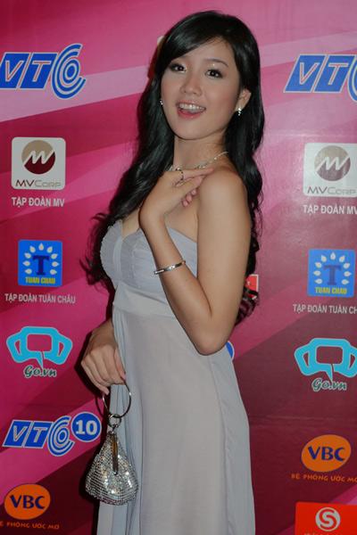 Sao Việt đẹp và chưa đẹp với váy quây ngực? - 13