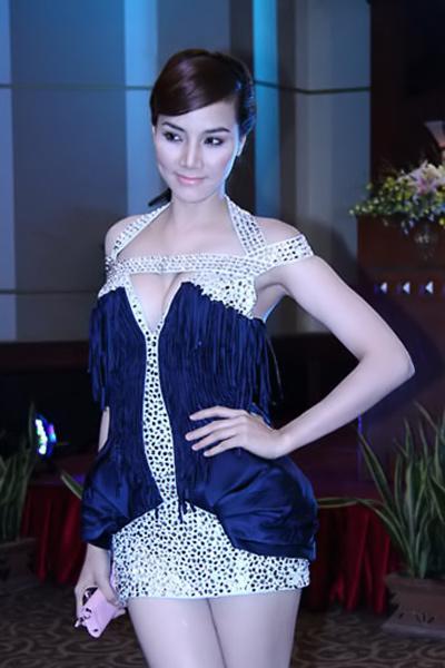 Sao Việt đẹp và chưa đẹp với váy quây ngực? - 39
