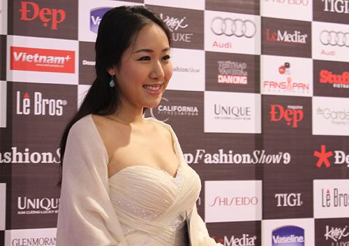 Sao Việt đẹp và chưa đẹp với váy quây ngực? - 41