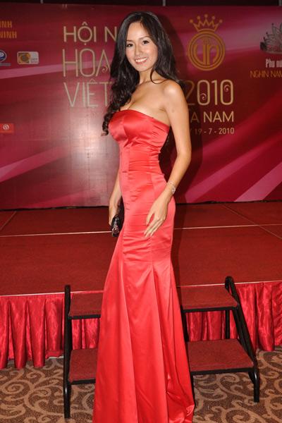 Sao Việt đẹp và chưa đẹp với váy quây ngực? - 25