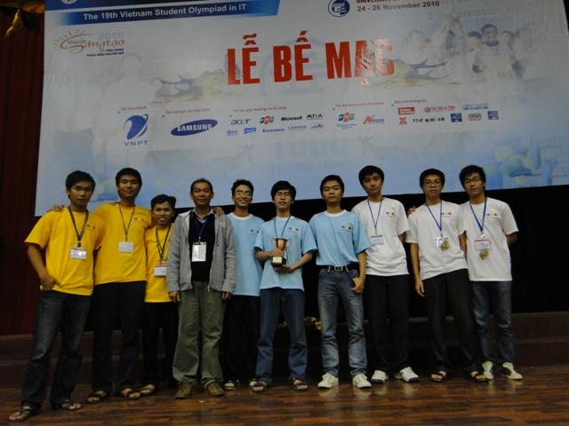 Đại học FPT soán ngôi vô địch Siêu Cúp Olympic Tin học SVVN 2010 - 1