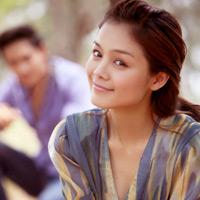 Tuyết Ngọc mặc gì khi hò hẹn với Minh Luân?