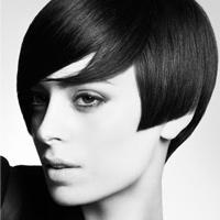 Video làm đẹp: 3 cách sấy kiểu cho tóc ngắn