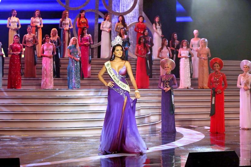 Hoa hậu Ấn Độ đăng quang đầy thuyết phục! - 8