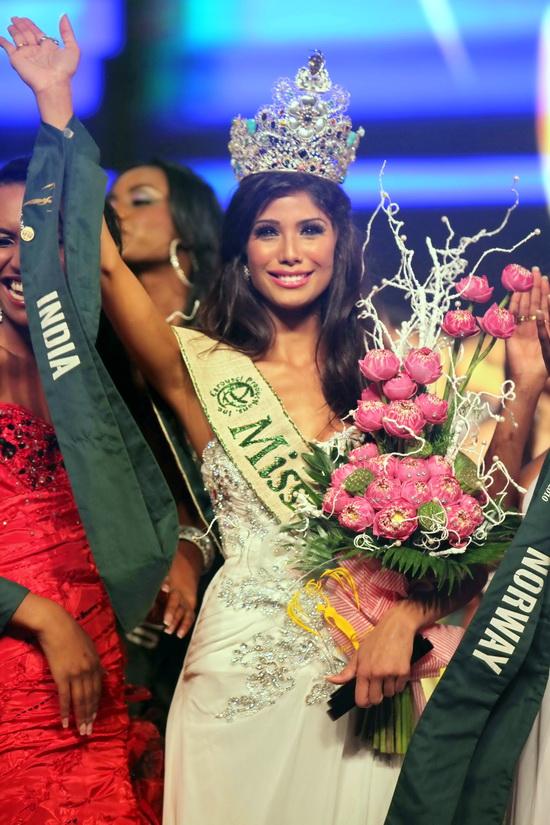 Hoa hậu Ấn Độ đăng quang đầy thuyết phục! - 2