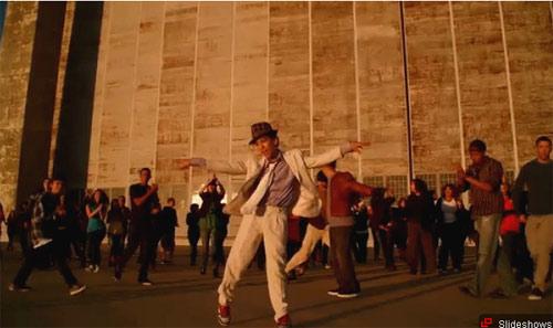 """Michael Jackson và 30 giây """"náo động"""" - 4"""