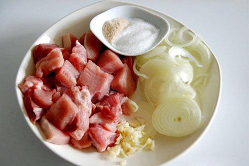 Cơm ngon hơn với thịt heo xào mặn - 1